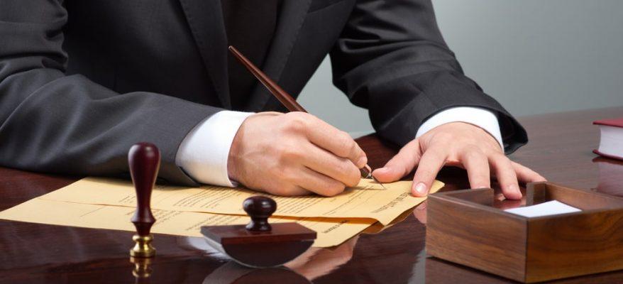 notaio firma testamento